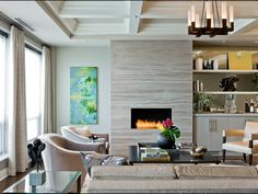 Hottest Photos Contemporary Fireplace remodel Strategies Modern fireplace designs can cover a broader category compared for their contemporary counterparts. Fireplace Remodel, Fireplace Wall, Living Room With Fireplace, Fireplace Surrounds, Fireplace Ideas, Linear Fireplace, Limestone Fireplace, Fireplace Refacing, Craftsman Fireplace