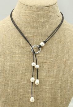 Hey, I found this really awesome Etsy listing at https://www.etsy.com/listing/209069762/ets-n101-freshwater-pearl-necklace