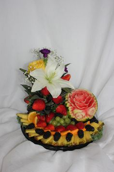 647-271-7971 Edible Flowers, Bouquets, Creativity, Cooking, Cake, Desserts, Food, Fruit Carvings, Kitchen