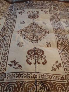 skinnfeller, for det meste . Weaving, Artsy, Crafty, Blankets, Rugs, Leather, Diy, Products, Bricolage