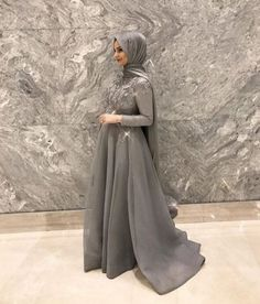 best Ideas for dress hijab gowns modest fashion Muslim Prom Dress, Muslim Gown, Hijab Prom Dress, Hijab Gown, Hijab Evening Dress, Hijab Style Dress, Evening Dresses, Prom Dresses, Modest Fashion