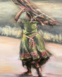 Stocking up for the Winter ahead ❄️. I spotted this lady on the road the other day as she silently swished passed in this beautiful green frock. #ruralsouthafrica #southafricanlandscapes #southafricanlandscapepainting #closeup #carryingwoodonyourhead #stockpiling #greendress #oillandscape #artoftheday🎨