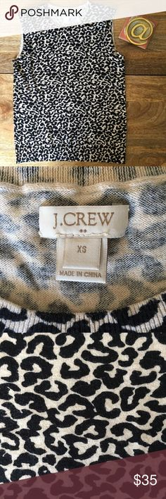 J. Crew Sleeveless Leopard-Print Sweater Worn a couple of times, in perfect condition! My favorite way to style it is with a black turtleneck 🐆🖤✨ J. Crew Sweaters
