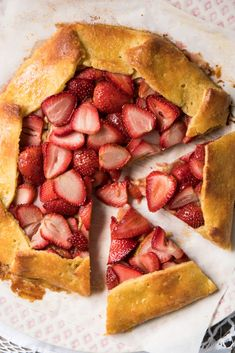Gluten Free, Low Carb & Keto Strawberry Galette  #keto #lowcarb #ketodesserts #glutenfree #healthyrecipes #grainfree