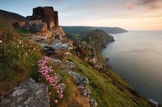 Valley of the Rocks, Lynton, Exmoor, UK - have visited this lovely area of North Devon several times Nature Photography, Travel Photography, Visit Uk, Devon And Cornwall, North Devon, Holiday Places, English Countryside, Landscape Photographers, Great Britain