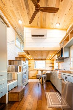 Ross's Gooseneck Tiny House by MitchCraft Tiny Homes This is a long by wide gooseneck tiny house on wheels by MitchCraft Tiny Homes. It's Ross's tiny house. MitchCraft specializes in building unique, custom, and mobile tin… Tiny House Company, Tiny House Builders, Building A Tiny House, Tiny House Listings, Tiny House Plans, Tiny House On Wheels, Homes On Wheels, Tiny House Trailer Plans, Small Tiny House