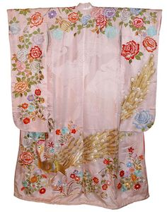 Japanese traditional silk  kimono with lining, 1950's  Finely embroidered Japanese vintage wedding kimono with gorgeous peacock and colorful flowers on shiny light pink patterned silk background.  Material: silk