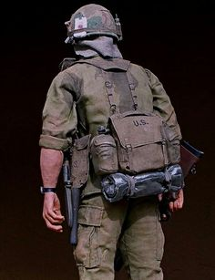 Ammo pouch /& 1st Aide Pouch 1//6th Scale Dragon Nam Canteen