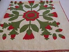 Beautiful red n green pineapple n rose 4 block antique applique quilt