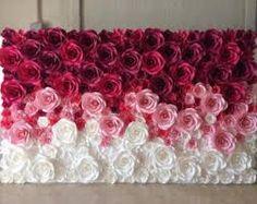 Resultado de imagen para pared de flores de papel