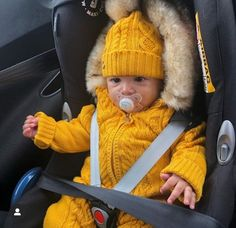 Likes, 30 Comments - 𝐊𝐢𝐝𝐬 Beautiful Children, Beautiful Babies, Lil Baby, Baby Kids, Baby Boy Fashion, Kids Fashion, Stylish Baby Clothes, Baby Health, Baby Shark