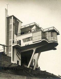 Architecture Modern design : Villa Monzeglio Colinas de Bello Monte Caracas. Antonio Montini 1953.
