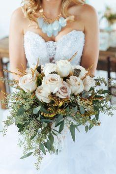 gorgeous wedding bouquet; photo: Cojo Photo