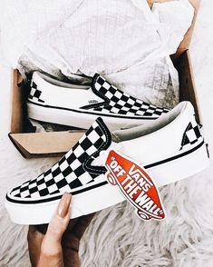 e988e1cf1b5  jadastockerr🌊 Vans Slip On Checkered