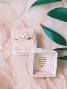 When it comes to your engagement ring the choice of metal is equally as important as the gemstone itself. Because when it comes to keeping your sparkler safe - platinum can truly make all of the difference. Click to find out why. Photography: Abby Jiu - http://www.abbyjiu.com/