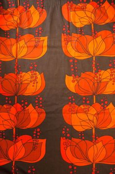 VINTAGE 70s HELENE WEDEL RETRO KITSCH POP NOSTALGIC FLORAL GRAPHIC PAIR CURTAINS, orange abstract floral pattern