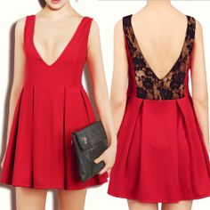Red Contrast Lace Backless Pleated Dress