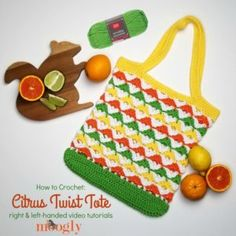 With Red Heart Scrubby Smoothie, it's fun to make your own shopping bags! Th… With Red Heart Scrubby Smoothie, it's fun to make your own shopping bags! The Citrus Twist Tote is a fresh squeezed free crochet pattern on Moogly! Knitting Patterns, Crochet Patterns, Crochet Tutorials, Bag Patterns, Free Knitting, Popular Crochet, Crochet Abbreviations, Crochet Market Bag, Tote Tutorial