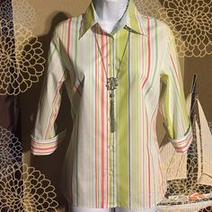 Lands' End Blouse⛵️ Great, clean condition!  Comfortable and cool little blouse for upcoming Spring and Summer.  It has 3 inch slits on sides.  4 inch darts for the bust.  Cuffed 3/4 inch sleeves.  Comes with 2 extra buttons attached to tag.  Looks nice with white jeans or capris.  Bust lying flat: 19 inches.  Length from top shoulder seam: 24 1/2 inches.  Machine wash warm.  66% baumwolle (cotton). 34% polyester. Lands' End Tops Blouses