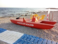 An Italian Lifeguard's Rescue Boat - Picture - Insiders Abroad
