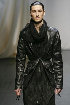"monsieurcouture: ""monsieurcouture:"" Дамир Дома F / W 2009 Menswear Парижская Неделя моды ""MONSIEURCOUTURE"""