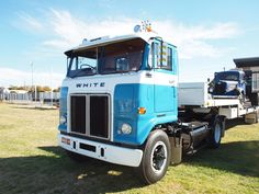 Another truck I had always dreamt of photographing is this White Road Commander This one is ex Clutha chassis number White Truck, Bears, Trucks, Number, Vehicles, Awesome, Truck, Car, Bear