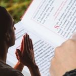 Rugăciunea este o doctorie foarte folositoare - Romania News