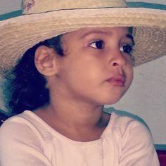 Otra imagen de la #princesitajazmine Mi cubanita bella. La amo. #rexodiando