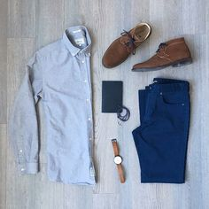 A simple outfit perfect for work. Formal enough to wear in the office and cool enough to hit the bar in the evening. Outfit Via @mitchyasui on Instagram