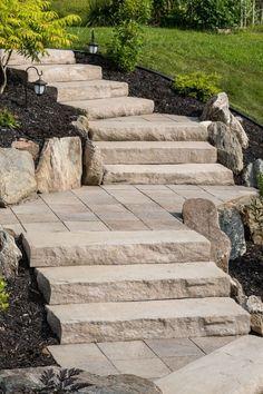 marche Acadia beige grès / Acadia step sandstone beige - All For Garden Outside Stairs, Outdoor Steps, Garden Stairs, Shade Garden, Backyard Landscaping, Landscaping Ideas, Garden Paths, Beautiful Gardens, Landscape Design