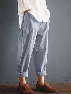 Casual Striped Pockets Cotton Linen Pants herhershoes Sophisticated Work Attire and Office Outfits for Women Fashion Moda, Fashion Pants, Look Fashion, Fashion Outfits, Womens Fashion, Fashion Details, Comfy Pants, Casual Pants, Casual Outfits