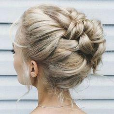 Love this hair updo! Create this look with Hair Universe hairpieces! #hair #updo #love #hairinspiration #hairfashion #hairtrend #hairofinstagram