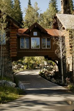 Interesting...bridge over the driveway, connecting guest house to main.