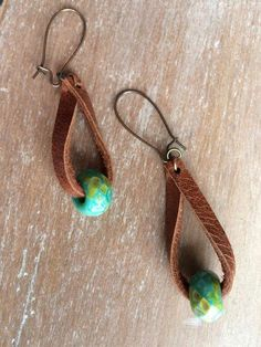 Boho Leather earrings – Distressed leather drop earrings – fashion jewelry – boho earrings- rustic jewelry – dangle – popular - new season bijouterie Rustic Jewelry, Wire Jewelry, Boho Jewelry, Jewelry Crafts, Beaded Jewelry, Handmade Jewelry, Jewlery, Gold Jewellery, Statement Jewelry