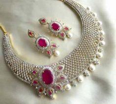 Neue Trends, Brooch, Luxury, Diamond, Design, Jewelry, Fashion, Bangle, Neck Chain