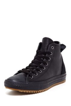 Chuck Taylor Hollis Leather High Top Sneaker