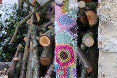 Lovely winter yarnbombing photo