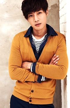 Guys who know how to wear cardigans are hot Kim Joong Hyun, Lee Hyun Woo, Hyun Jae, Asian Celebrities, Asian Actors, Korean Actors, Korean Actresses, Boys Before Flowers, Boys Over Flowers