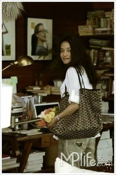 Shu Qi with her Goyard St. Louis. (2011)