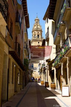 Haro, La Rioja, Spain Haro Spain, Rioja Spain, Ebro, Quiver, Villas, Big Ben, Places Ive Been, The Good Place, Portugal