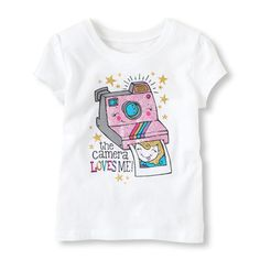 camera loves me graphic tee | US Store