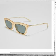 Transparency has been having a moment in fashion recently. Get the look of the season in this luminous frame by Michael Kors. Cat Eye Sunglasses, Sunglasses Women, Sunglass Hut, Persol, Dope Fashion, Get The Look, Oakley, Shopping Bag, Eyewear