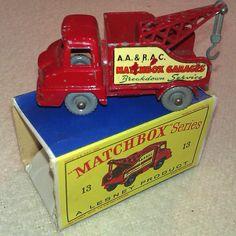1960s-vintage-matchbox-garage-breakdown-services-truck-for-sale-01-a.jpg (1000×1000)
