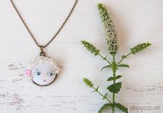 Zodiac Unusual Art Doll Necklace by miopupazzo on Etsy,