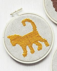 Learn+how+to+make+customizable+cross-stitch+projects+from+Martha+Stewart. Cute silhouette