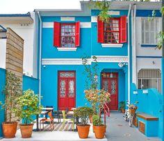 Quais pontos devem ser levados em consideração quando o assunto é a escolha da cor para a fachada da sua casa? A gente responde tudo aqui, confira!