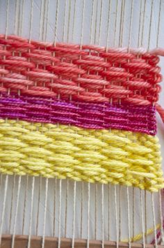 Beautiful small diamond weaving pattern tutorial | learn this craft on how to weave