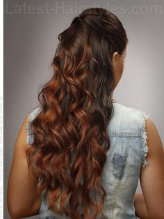 A cute hairstyle for a night out in the town.