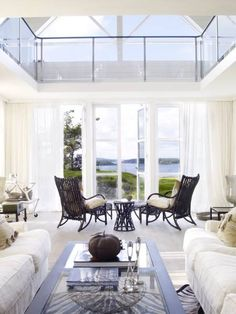A summer house full of light / Luminous Summer House | FROM MY WINDOW