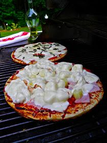 From Captain's Daughter to Army Mom: Summertime Boboli Grilled Pizza... Perfetto!